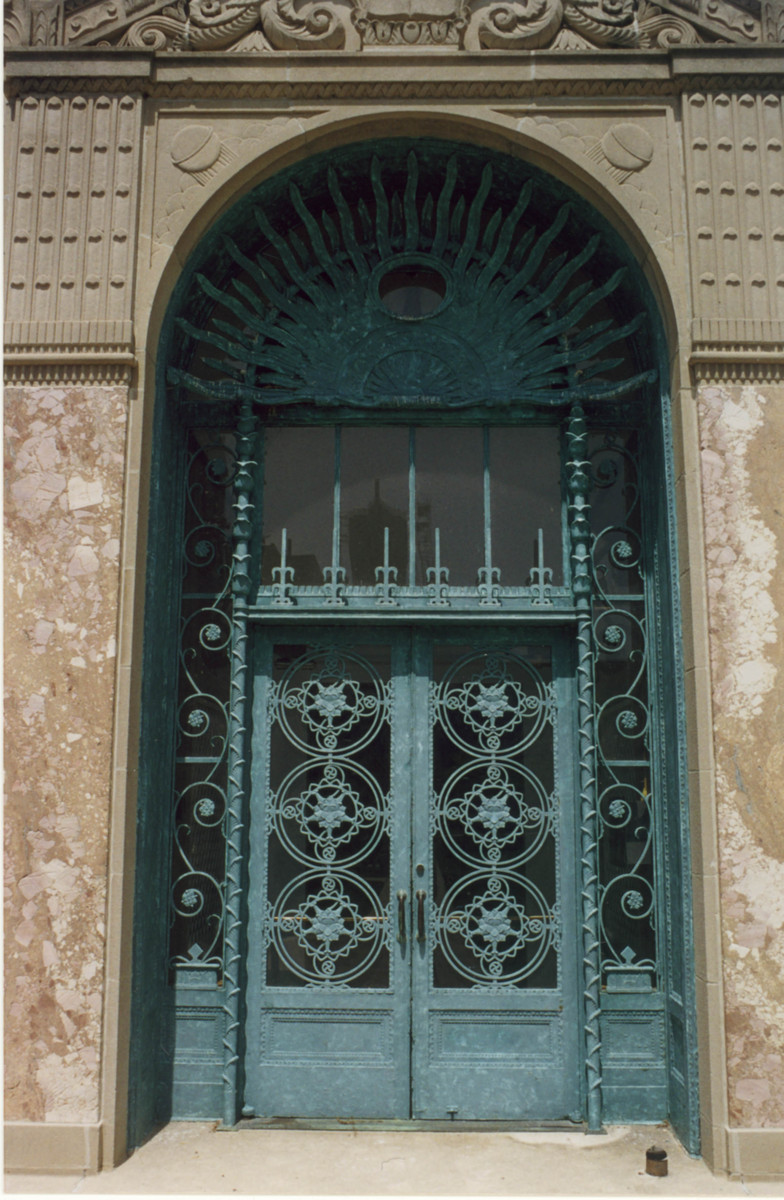 001_cudahy_library_door.jpg