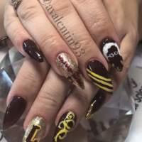 Loyola nails