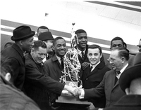001_basketball_ncaa_champs_1963.jpg