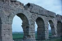 235_Oudna-aquaduct-arches-c.jpg