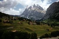 56_Grindelwald-with-wetterhorn.jpg